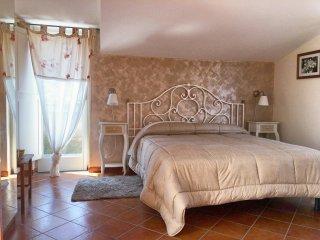 Room Anna - in Villa Concetta B&B, Sorrento centre - Sorrento vacation rentals
