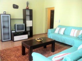 Perfect 2 bedroom Apartment in Golden Sands - Golden Sands vacation rentals