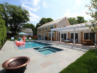 Beautiful Colonial Home in Edgartown with Pool - Edgartown vacation rentals