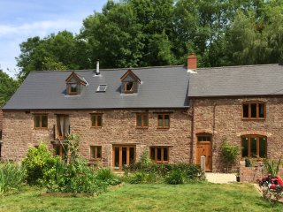2 double bedrooms in old mill in Forest of Dean - Aylburton vacation rentals