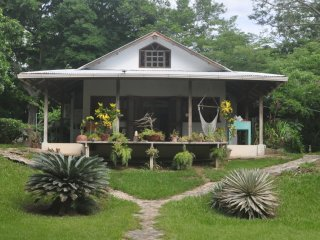 Comfortable House with A/C and Mountain Views - La Cruz vacation rentals