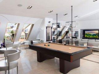 Penthouse Luxury - Madrid vacation rentals