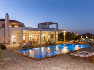 Bright 4 bedroom Afandou Villa with Internet Access - Afandou vacation rentals