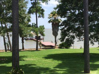 Luxurious Lake Livingston Waterfront Getaway - Pointblank vacation rentals