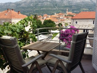 Room in the center of Korcula town - Yellow - Korcula Town vacation rentals