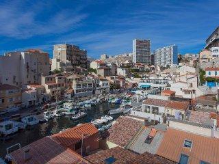 Cabanon 45m2+Terrasse 15m2 face mer - Marseille vacation rentals