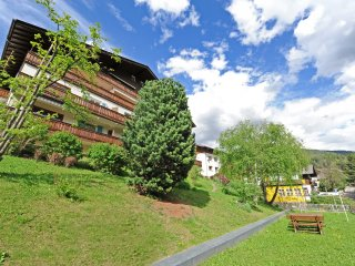 111 - Apartments Valverda - Three-bedroom Apartmen - Ortisei vacation rentals