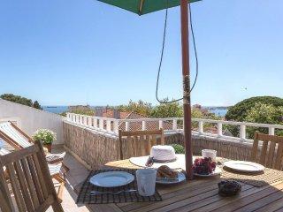 Estoril 1 Bedroom plus Loft Ocean View Apartment - Estoril vacation rentals
