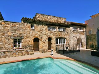 House in authentic hamlet in Golfe de Saint Tropez - Plan de la Tour vacation rentals