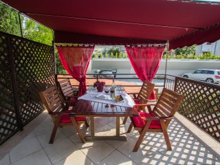 Apartment B -4 persons-Marina - Slatine vacation rentals