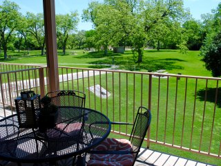 Waterwheel Condo - 4BDR/3BTH! On the Guadalupe! - New Braunfels vacation rentals