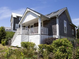 Kay`s Cottage - Pacific Beach vacation rentals