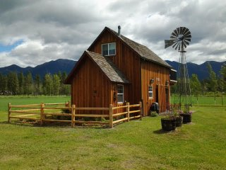 Beautiful 1 bedroom Barn in Kalispell - Kalispell vacation rentals