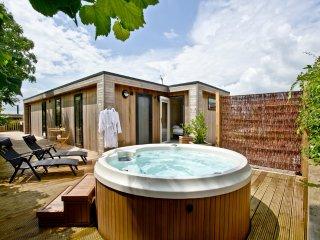 Cedar Lodge located in Cheddar, Somerset - Cheddar vacation rentals