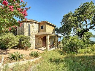 2BR, 2BA Serene Hill Country Home on Lake Travis with Hot Tub - Spicewood vacation rentals