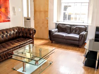 2 BR (5) - Row, Marble Arch / Hyde Park - London vacation rentals