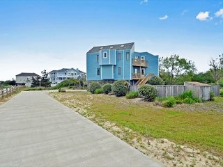 Adorable 4 bedroom Corolla House with Deck - Corolla vacation rentals