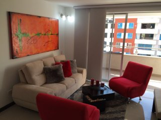 Beautiful Condo with Internet Access and A/C - Cali vacation rentals