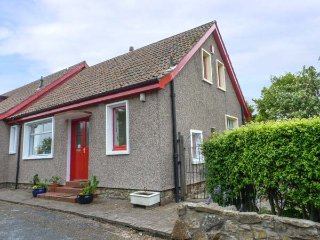 RENNYHILL FARM LODGE, semi-detached, all ground floor, parking, garden, in Anstruther, Ref 6986 - Anstruther vacation rentals