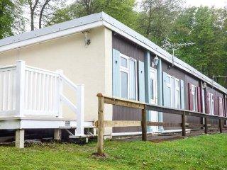 SEA VALLEY 52, end-terrace chalet, side veranda, leisure facilities, Bucks Cross, Ref 934745 - Bucks Cross vacation rentals