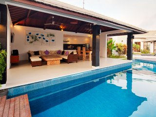 Dipta villas - 6 bedrooms (Seminyak) - Kuta vacation rentals