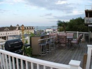 Boston Luxurious Direct Oceanview 4 Bed 2Bath Home - Boston vacation rentals