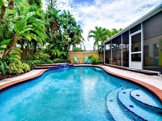 St Pete Beach Pool House St Pete Beach Pool House Is Perfect Piece of Paradise. - Saint Pete Beach vacation rentals