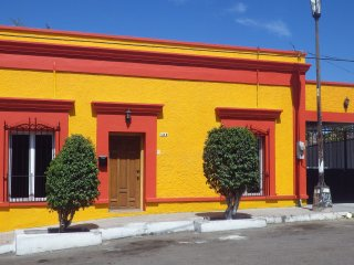 Nice House with Patio and Housekeeping Included - La Paz vacation rentals