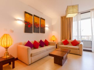 Spacious 2BR apartment for short rent in Colombo - Colombo vacation rentals