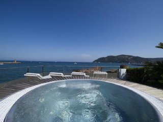 Nice Villa with Internet Access and Balcony - La Napoule vacation rentals