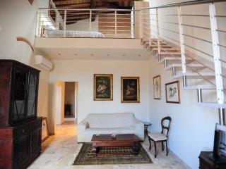Attico con vista - Siena vacation rentals