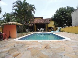 Nice House with Shared Outdoor Pool and Stove - Caraguatatuba vacation rentals