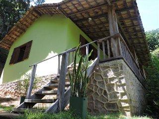 House Verde Musgo e Chale Branco Ponta Negra - Paraty vacation rentals