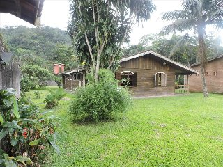 4 bedroom House with Garden in Caraguatatuba - Caraguatatuba vacation rentals