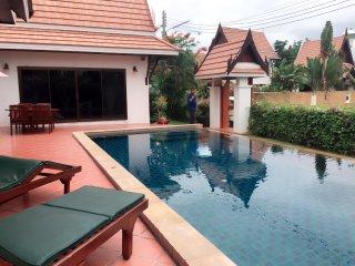 Pool Thai Villa - Phe vacation rentals