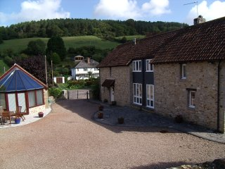 4 bedroom Barn with Internet Access in Axmouth - Axmouth vacation rentals