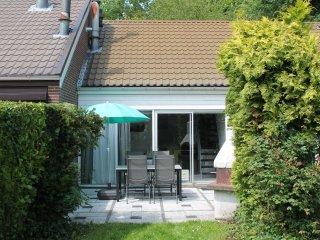 neu renoviertes, kinderfreundliches Ferienhaus - Bruinisse vacation rentals
