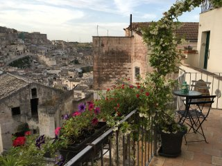 Beautiful 2 bedroom House in Matera with Internet Access - Matera vacation rentals