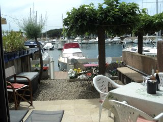 Lovely 2 Bed House + Terrace on Private Marina - Cap-d'Agde vacation rentals