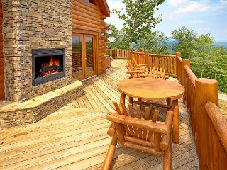 High End 3 Bedroom Cabin with Amazing Views - Sevierville vacation rentals