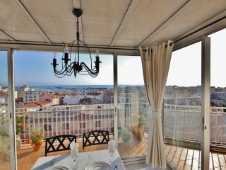 Penthouse apartment with magnificent views - Antibes vacation rentals