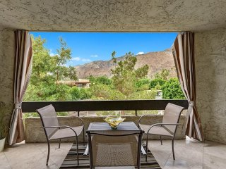 Cozy Condo with A/C and Shared Outdoor Pool - Palm Springs vacation rentals