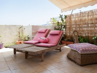 2 bedroom Apartment with Internet Access in Kallithea - Kallithea vacation rentals