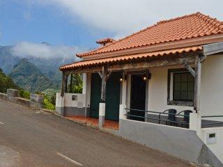 Chalet Pinheiro sleeps up to 6 people. - Santana vacation rentals