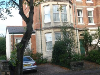 Luxury flat Penarth, just outside Cardiff - Penarth vacation rentals