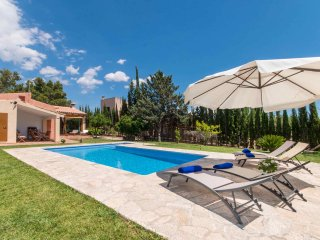Quiet Mallorcan Finca Tennis Pool - Lloseta vacation rentals