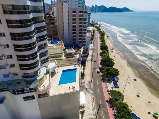 Comfortable 2 bedroom Apartment in Balneario Camboriu with A/C - Balneario Camboriu vacation rentals