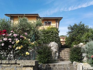 Romantic 1 bedroom Sutri Condo with Internet Access - Sutri vacation rentals