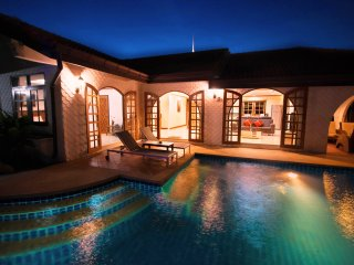 Cozy 3 bedroom Pattaya Villa with Internet Access - Pattaya vacation rentals