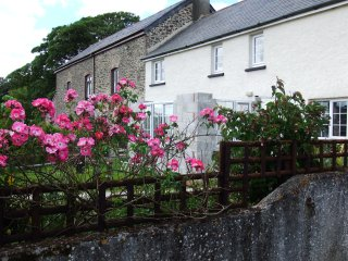 Barley Meadow Farm Cottage, Luddon Farm - Okehampton vacation rentals